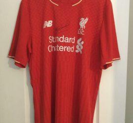 Steve Gerrard signed Liverpool shirt